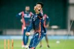 ఆస్ట్రేలియాతో రెండు టీ20లకు జట్టులో చోటు: ఎవరీ మయాంక్ మార్కండే