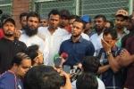 11 డిమాండ్లతో షాకిచ్చిన బంగ్లా క్రికెటర్లు: సందిగ్ధంలో భారత పర్యటన!