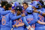 T20 Challenge: యూఏఈ చేరుకున్న మహిళా క్రికెటర్లు!!