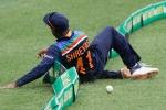 India vs Australia: అయ్యర్.. వాట్ ఏ త్రో!! వార్నర్ రనౌట్!