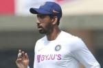 India vs England: 'సాహా అత్యుత్తమ కీపర్.. కొంతకాలం రెండో కీపర్గా కొనసాగించాలి'