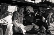 రైతుల ఆందోళనల్లో భారత యువ క్రికెటర్!