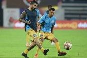 ISL 2020 21: ముంబైని ఓడిస్తేనే జంషెడ్పూర్కు సెమీస్ ఆశలు.. హెడ్-టు-హెడ్ రికార్డ్స్!!
