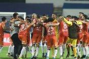 ISL 2020 21: హైదరాబాద్ ఎఫ్సీకి షాక్.. సెమీస్కు గోవా ఎఫ్సీ!!