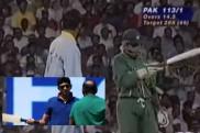 భారత్-పాక్ మ్యాచ్లో: 1996 వరల్డ్ కప్ సన్నివేశం రిపీట్ (వీడియో)