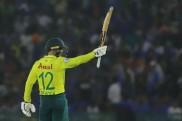 మొహాలీలో రెండో T20I: డీకాక్ హాఫ్ సెంచరీ, భారత టార్గెట్ 150