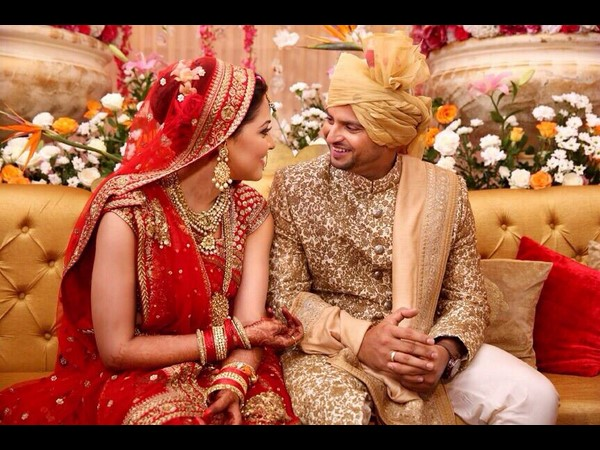 Suresh Raina Posts Selfie With Wife Twitter