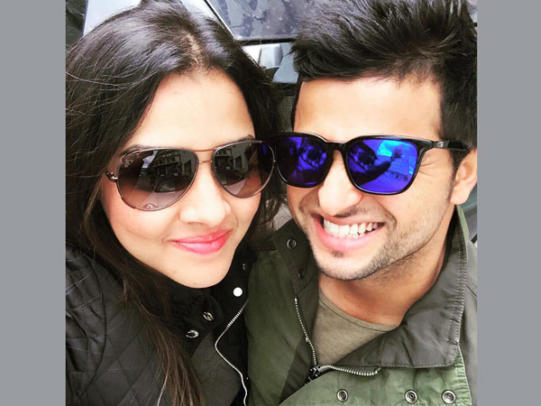 Pics Finally Love Birds Met Suresh Raina Wife Priyanka Cha