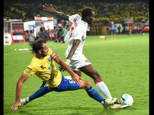 Super Sub Marcelinho Inspires Delhi A 2 0 Win Over Goa