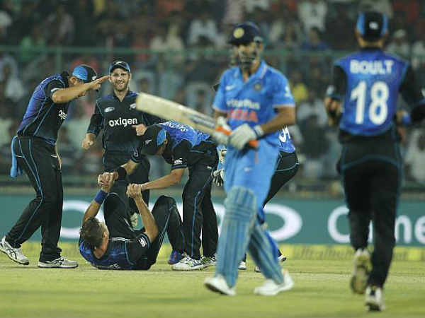 Why Ms Dhoni Did Not Wear Jersey With His Mother Name On Against Nz