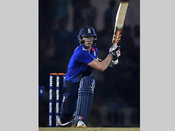 Sam Billings Reveals How He Beat India With Rahul Dravid S