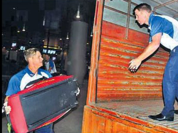 Australia Cricketers Forced Haul Own Luggage Onto Vehicle A