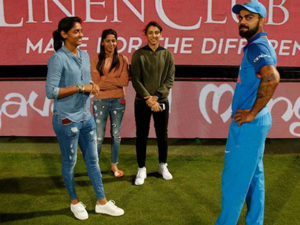 Virat Kohli Special Meeting With Indian Women S Cricket Team