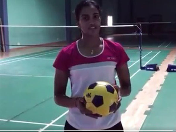 Watch After Accepting Pv Sindhu S Challenge Sonu Sood Nominates Shah Rukh Khan