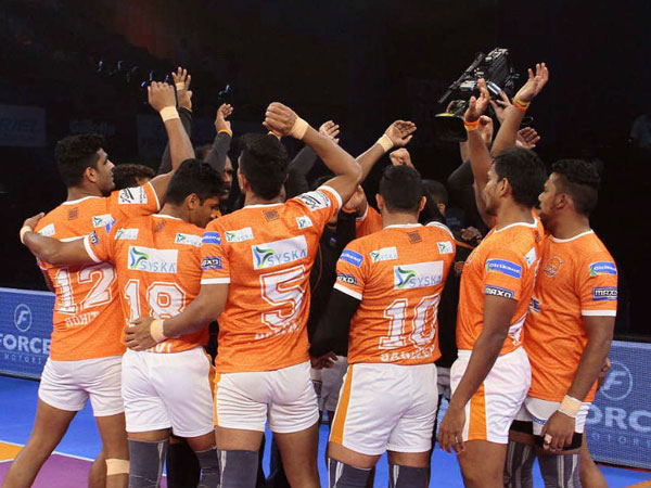 Pkl 2017 Puneri Paltan S Home Leg Begins On Disappointing Note To Gujarat Fortunegiants
