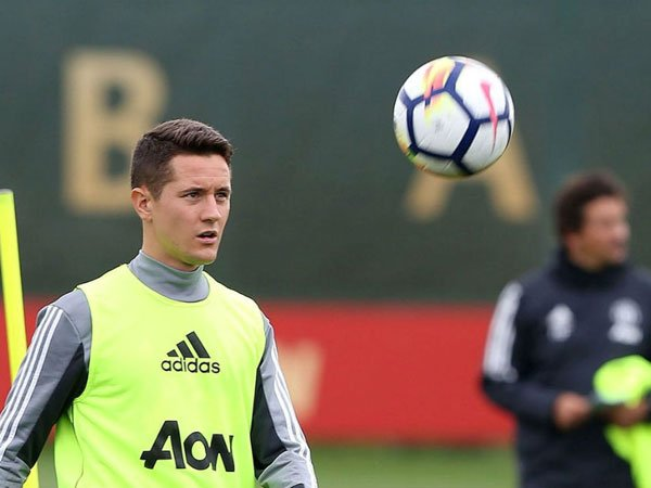 Atletico Madrid preparing a move for Manchester United midfielder Ander Herrera