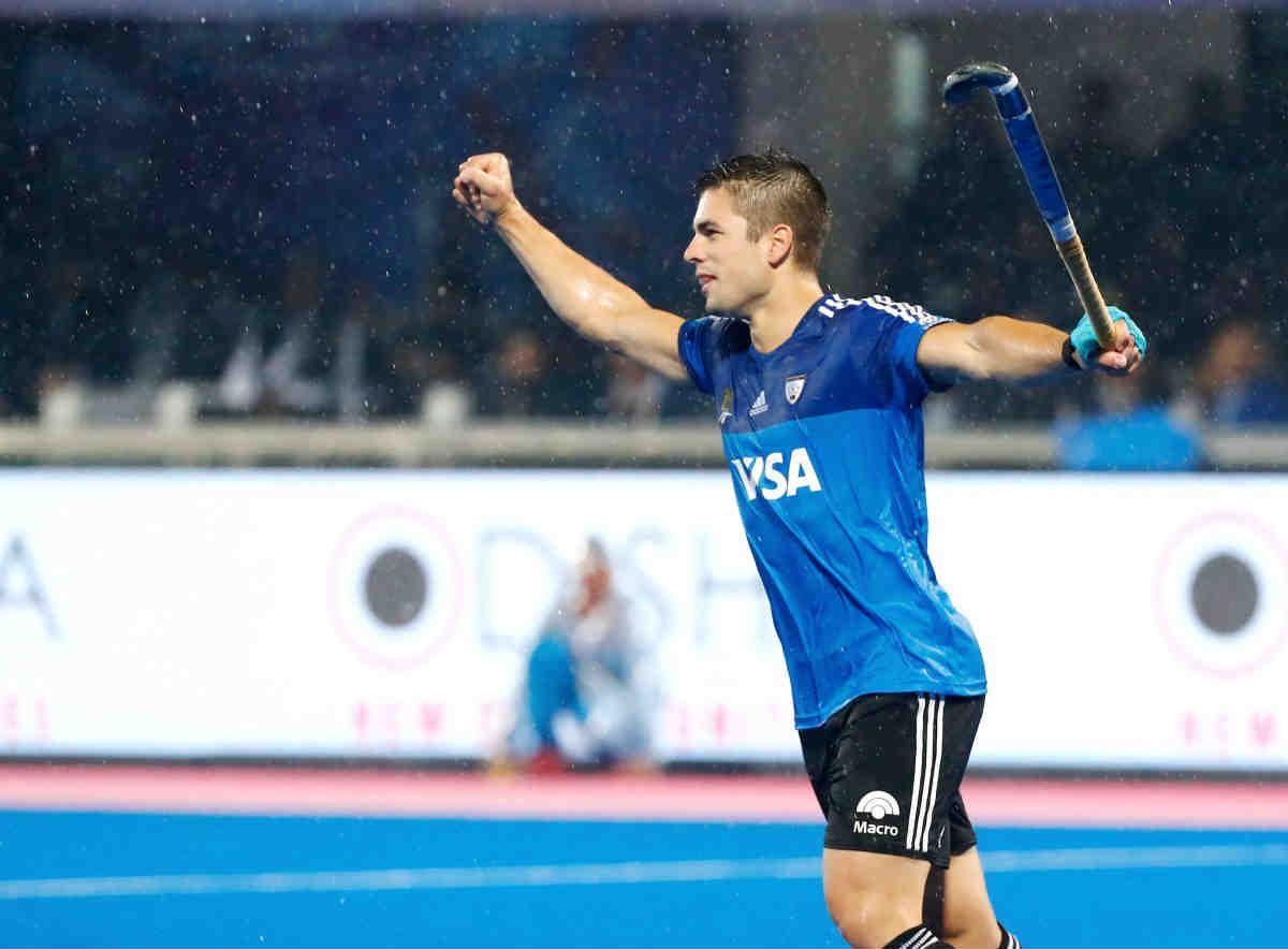 Valiant India Go Down Argentina