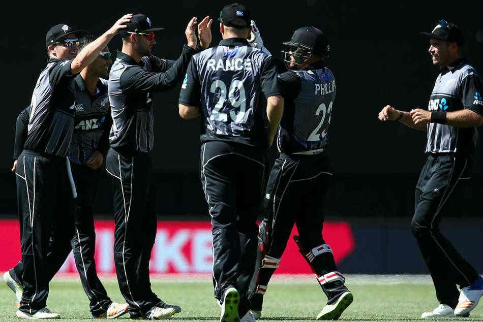New Zealand Vs Pakistan 1st T20 Black Caps Cruise