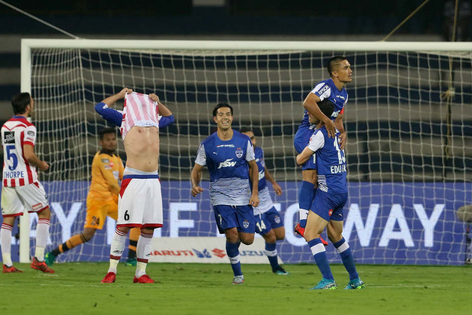 Sunil Chhetri S Stunner Against Atk Sends Bengaluru Fc The Top Of The Isl Table