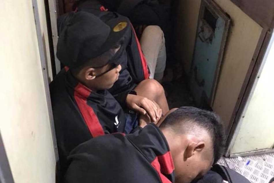 Aizawl Fc U 15 Players Travel On Train Floor