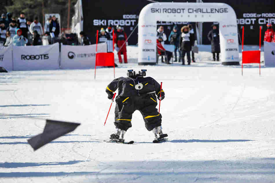 Watch Headless Skiing Robots Tackle Slopes At Winter Olympic