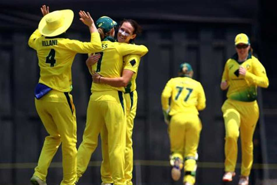 Schutt Claims Hat Trick As Australia Eves Outclass India Crucial T