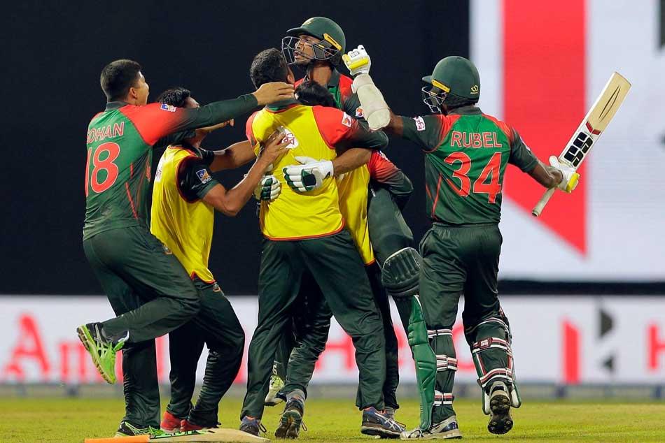 Nidahas Trophy Bangladesh Dressing Room Glass Door Allegedly Broken By Players