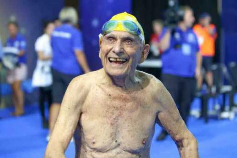 Year Old Swimmer Breaks World Record Australia