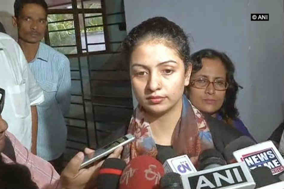 Cricketer Shami's wife seeks BCCI help