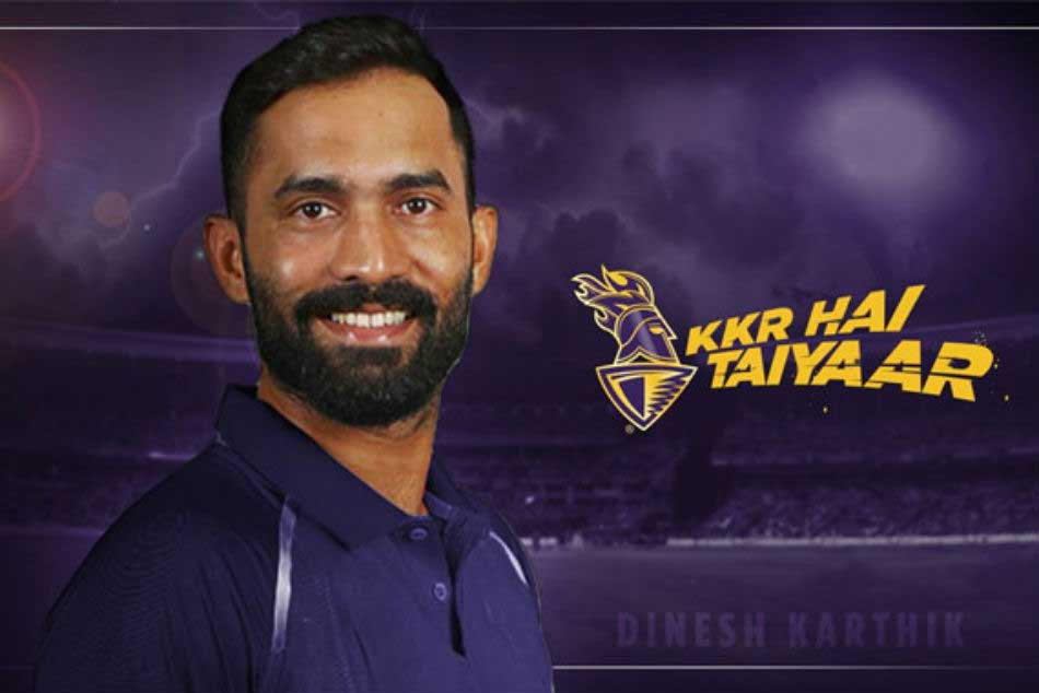 Shah Rukh Khan welcomes Dinesh Karthik as the new skipper of KKR this season