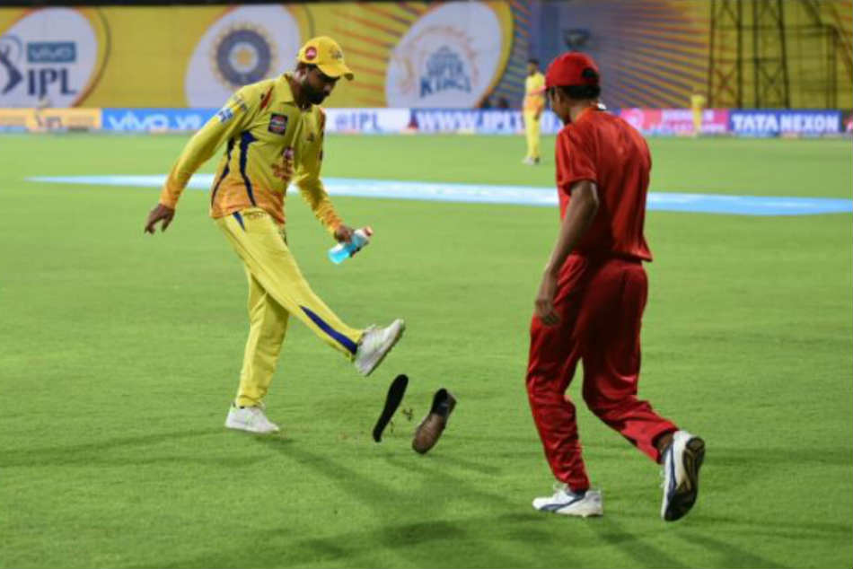 IPL 2018: Cauvery protesters throw shoes, removed by police during CSK-KKR game in Chennai