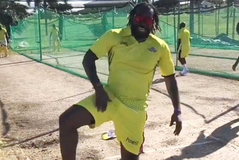 Virender Sehwag tags Chris Gayle in crazy dance video, gives him a hilarious Punjabi name