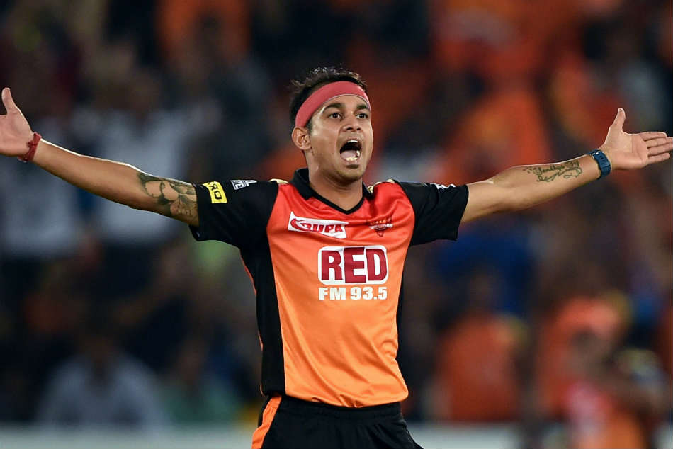 Ipl 2018 Srh Pacer Kaul Reprimanded Level 1 Offence