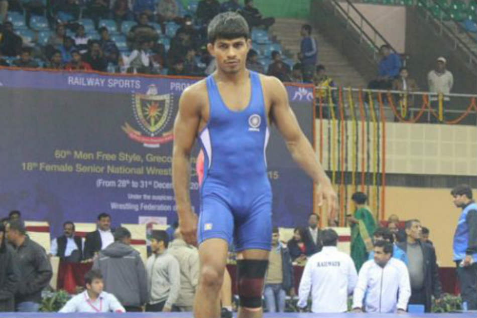 Commonwealth Games 2018: Wrestler Rahul Aware advances by overpowering George Ramm of England