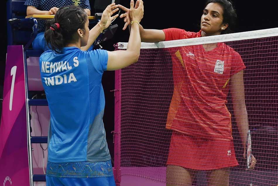 Cwg 2018 Twitterati Cheer Saina Nehwal S Gold Pv Sindhu S Silver Medal
