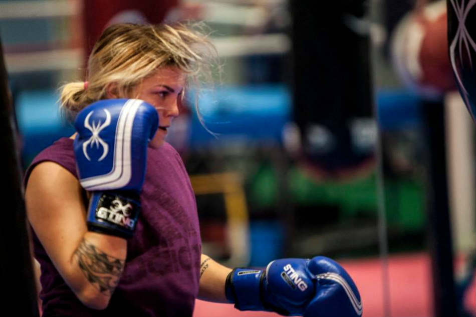 Gold Coast 2018: Australias Taylah Robertson guaranteed a boxing medal before Games start