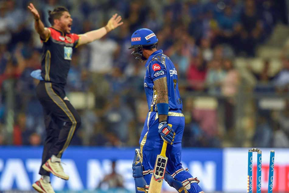Corey Anderson Scalps Lewis 65 Rohit Continues Charge