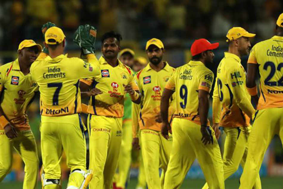 Ipl 2018 Ms Dhoni Ambati Rayudu S Comical Run Out Act Sparks Laugh Riot In Csk Camp