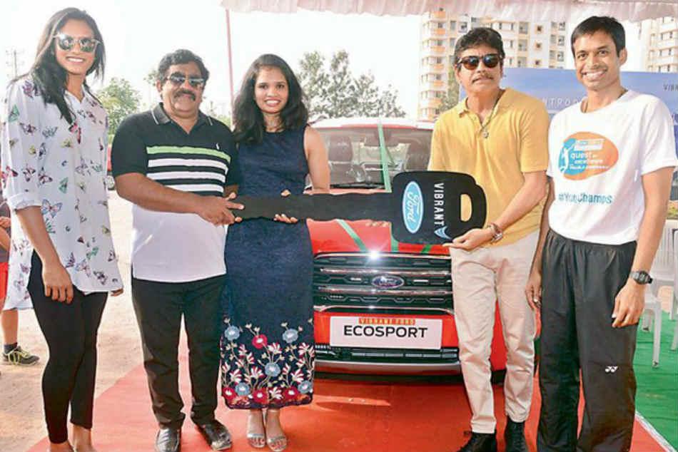 Nagarjuna Presents Car Badminton Player Sikki Reddy