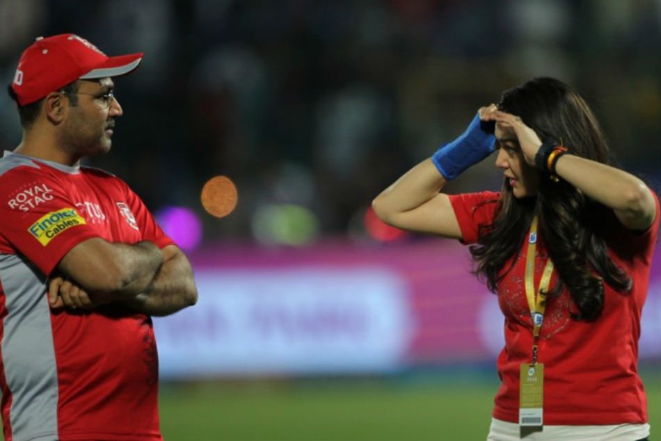 Upset Preity Zinta Verbal Altercation With Virender Sehwag