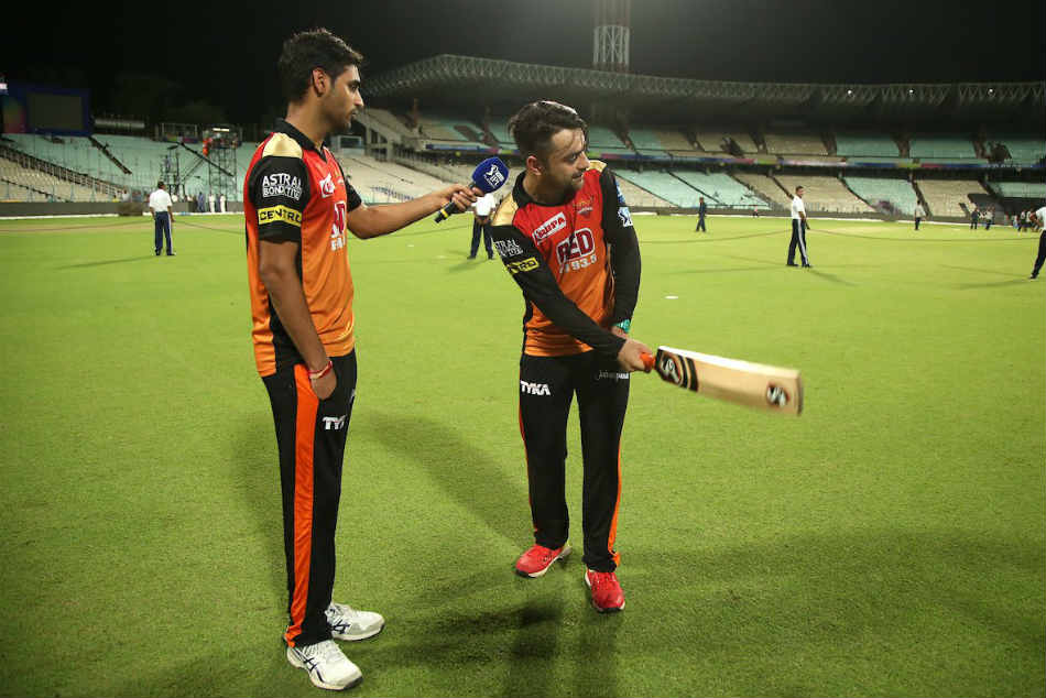 Ipl 2018 Qualifier 2 Kkr Vs Srh Rashid Re Enacts One Legged Six