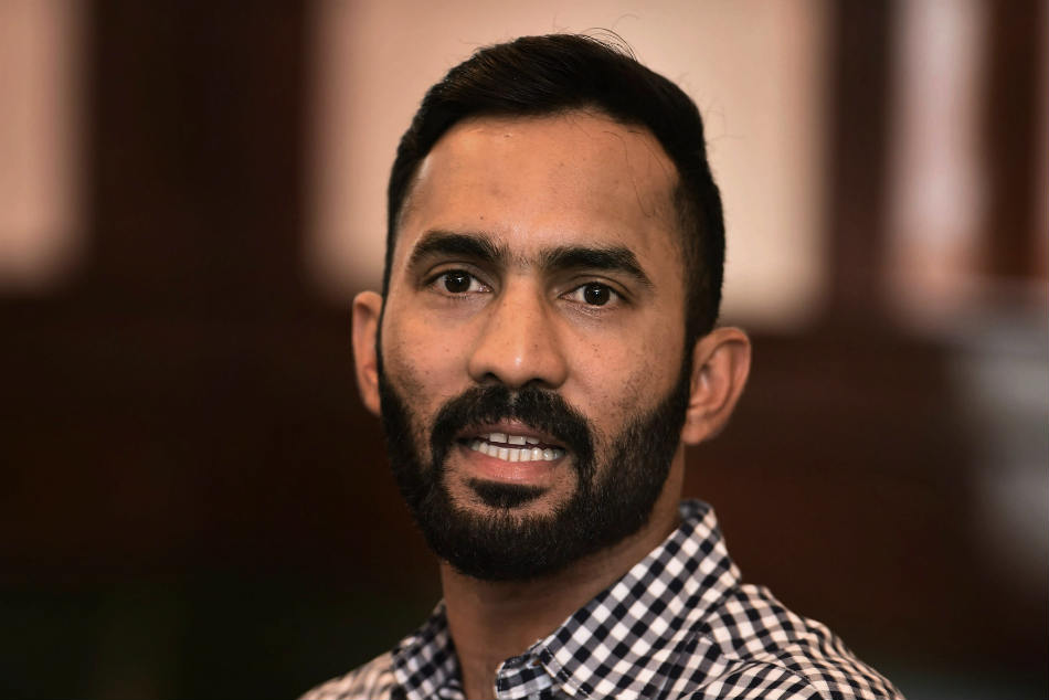 Dinesh Karthik Replaces Injured Wriddhiman Saha Afghanistan Test