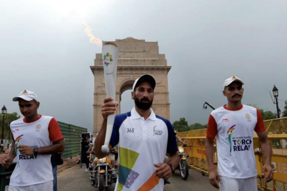 Comedy Errors Leave Top Indian Athletes Hitching Ride At Asin Games 2018 Torch