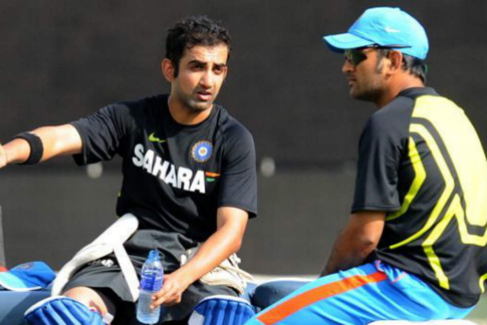 Gautam Gambhir S Stinging Comment Ms Dhoni He Is Putting Pressure On Other Batters Needs To Be More
