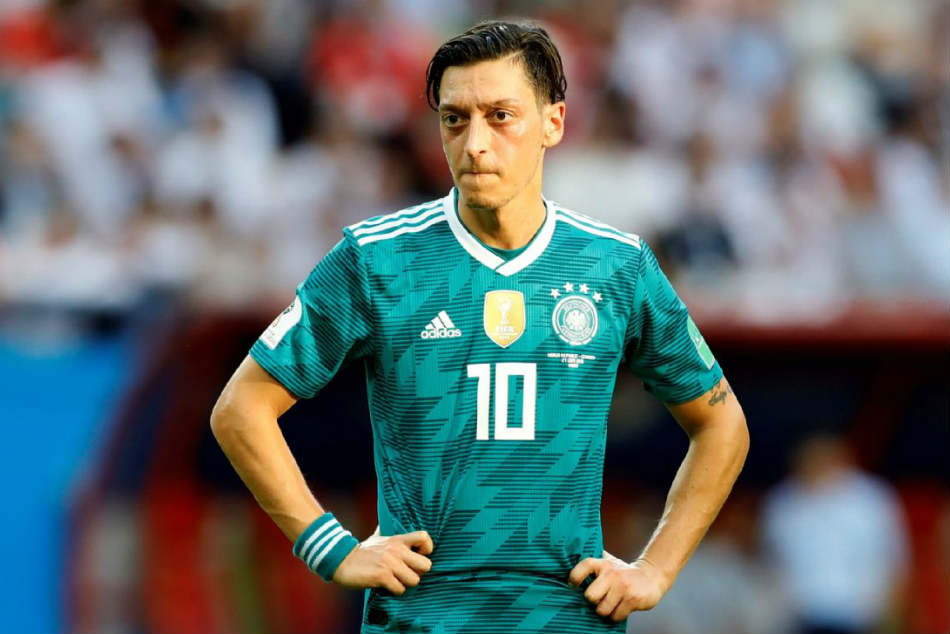 Mesut Ozil quits the German national team citing racism and disrespect
