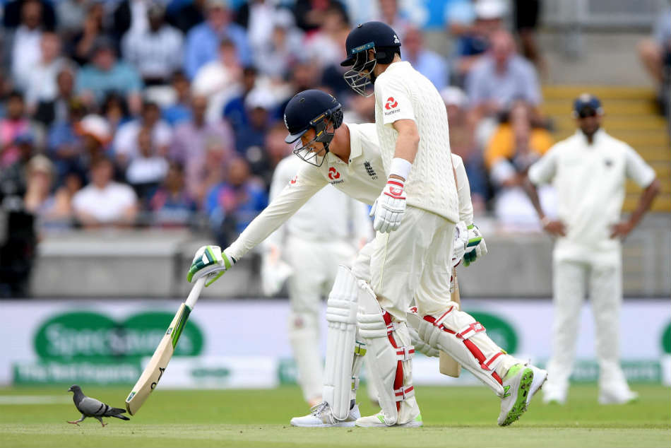 India v/s England 1st Test: Keyton Jennings stumped Pigeon bowled Shami!