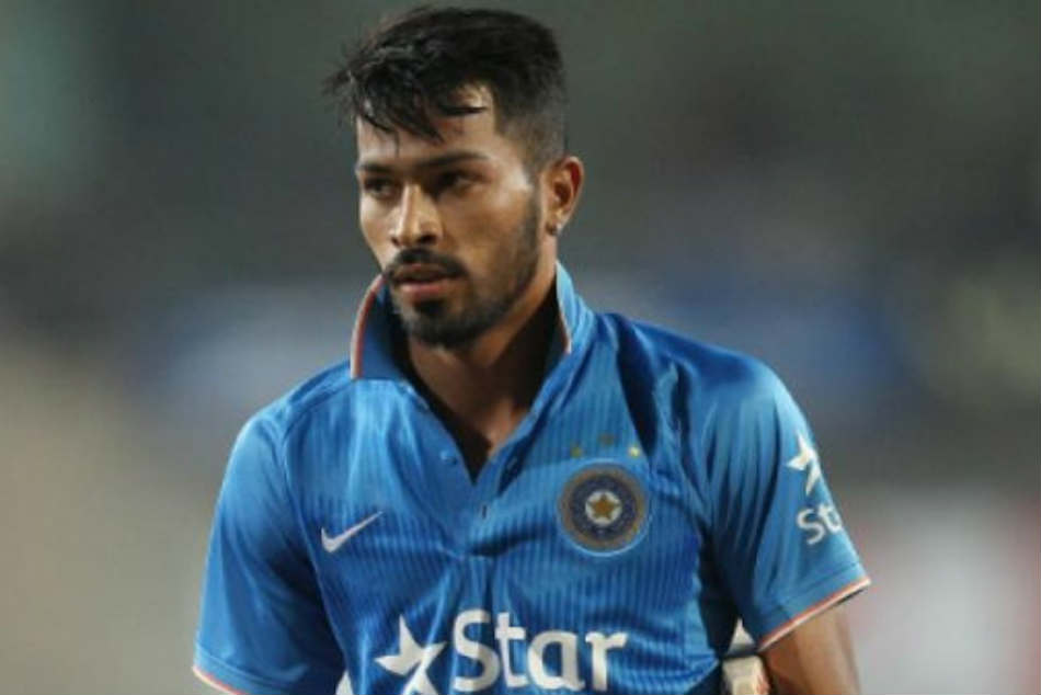 Heart of Gold! When Hardik Humble Pandya Won Hearts of Hotel Staff After Loss