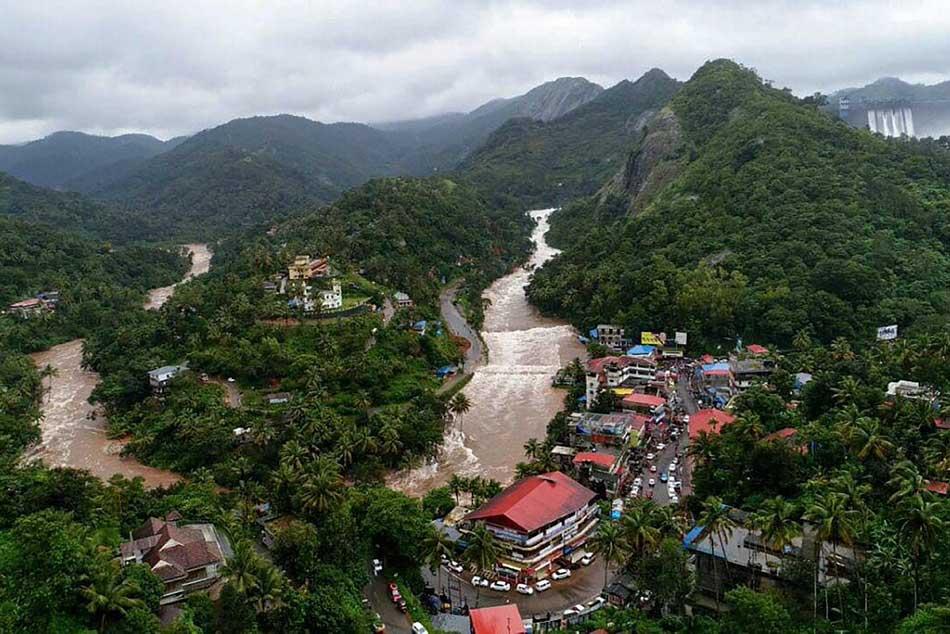 Kerala Floods Virat Kohli Sania Mirza Hardik Pandya Other Sports Persons Ask People