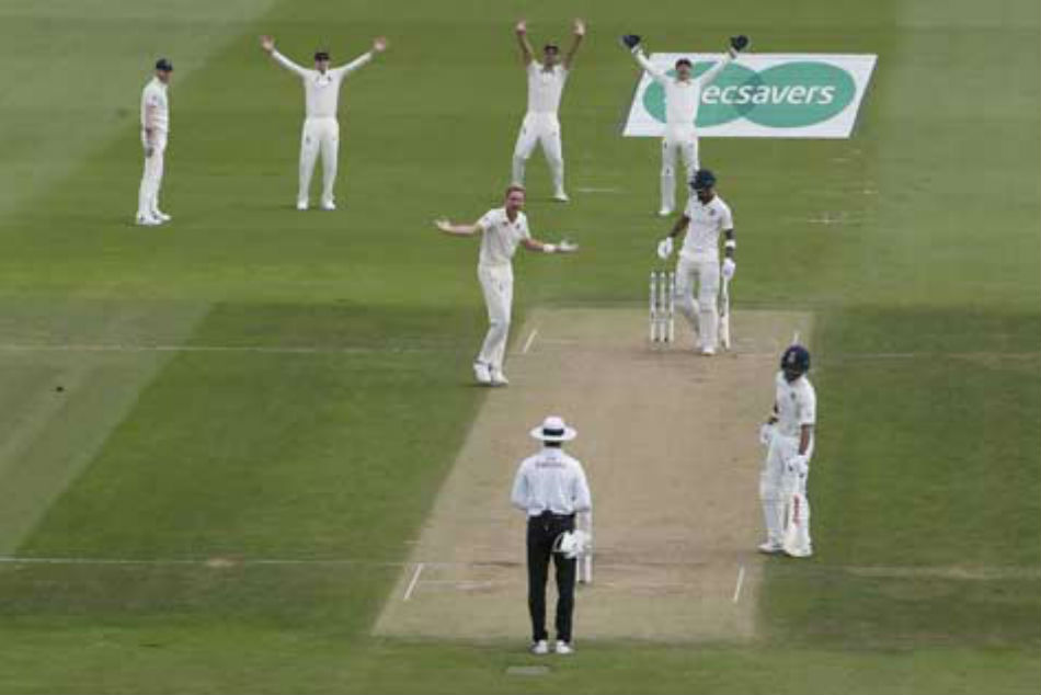 India Vs England 4th Test Day 2 Sam Curran Picks Up Virat Kohli