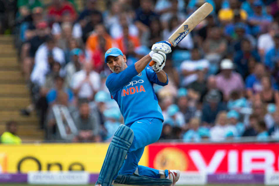 Asia Cup 2018 Ms Dhoni Is Perfect No 4 Batsman Team India Says Zaheer Khan